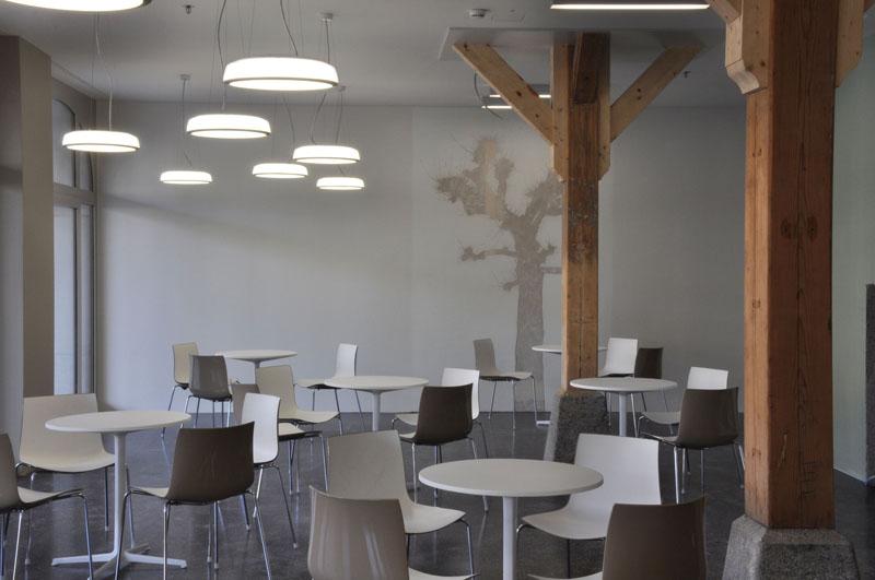 08_Cafeteria